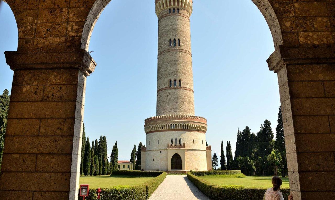 Torre_commemorativa_-_panoramio