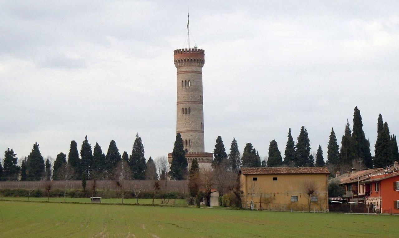 Torre_di_San_Martino_della_Battaglia